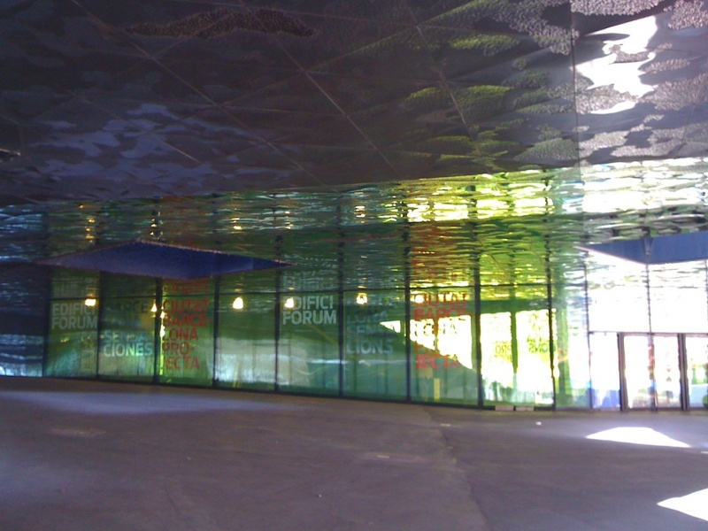 Forum-Barcelona-2004-building-class-facade.jpg
