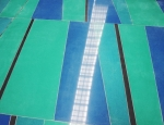 Quartz floor simulates water and directs commuters