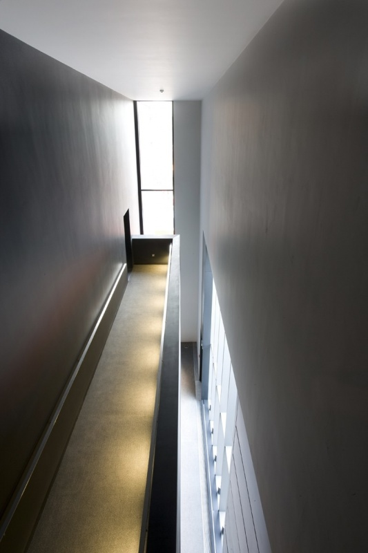 Foyer Corridor to Upper Level of B2 Auditorium