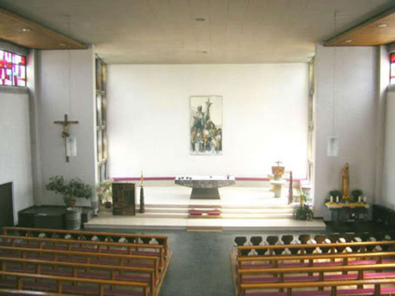 Interior 6