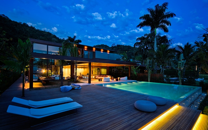 Swimming Pool at Laranjeiras Residence