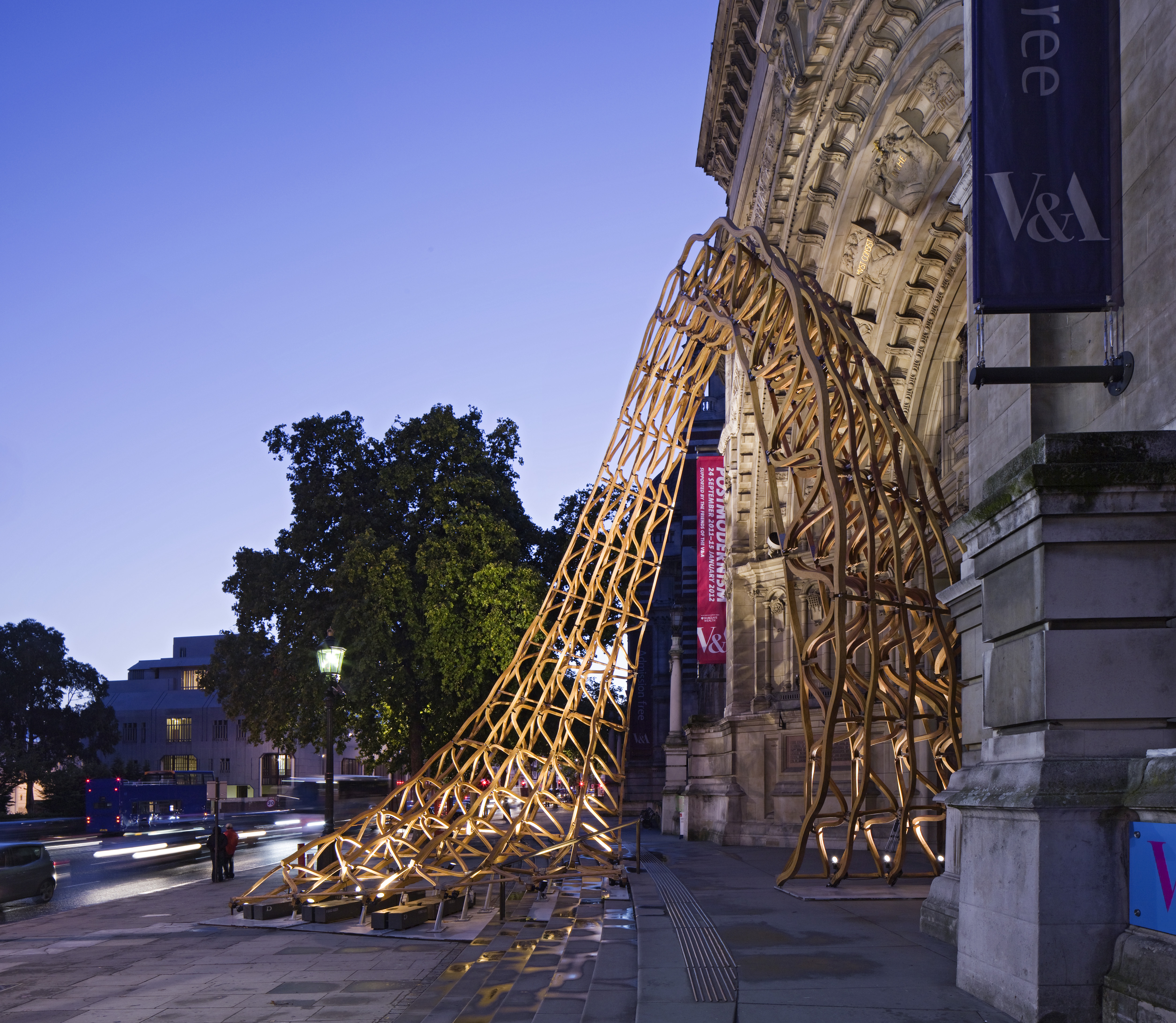 Timber Wave echoes the arched form and ornate features of the Cromwell Road entrance to V&A.