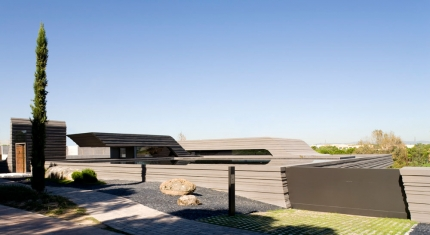 Sculpture Home by A-cero Architects