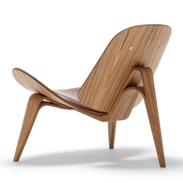 CH07 Beech Shell Chair