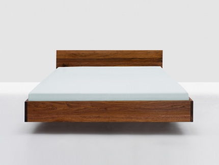 Simple Hi Bed by Zeitraum