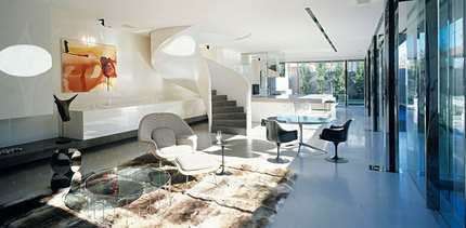 Robert-Mills-Architects-and-Hassell-Interior-Designers-Ross-Street-Residence-yatzer_9.jpg