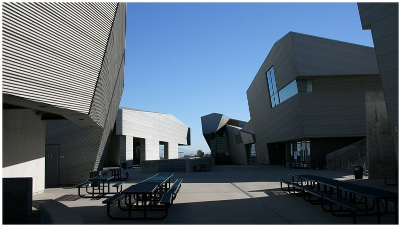 <b>Diamond Ranch High School</b> by Morphosis Architects - Pomona <b>...</b>