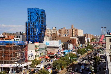 blue_residential_tower_bernardtschumi071107_1.jpg