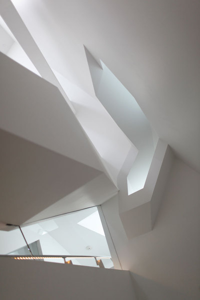 Cahill_center_by_morphosis_architects_photo_michael_powers_yatzer_5.jpg