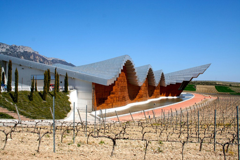 Bodegas Ysios, La Rioja.